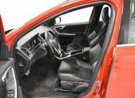 Volvo Xc60 D4 Business R-design Aut (2016)