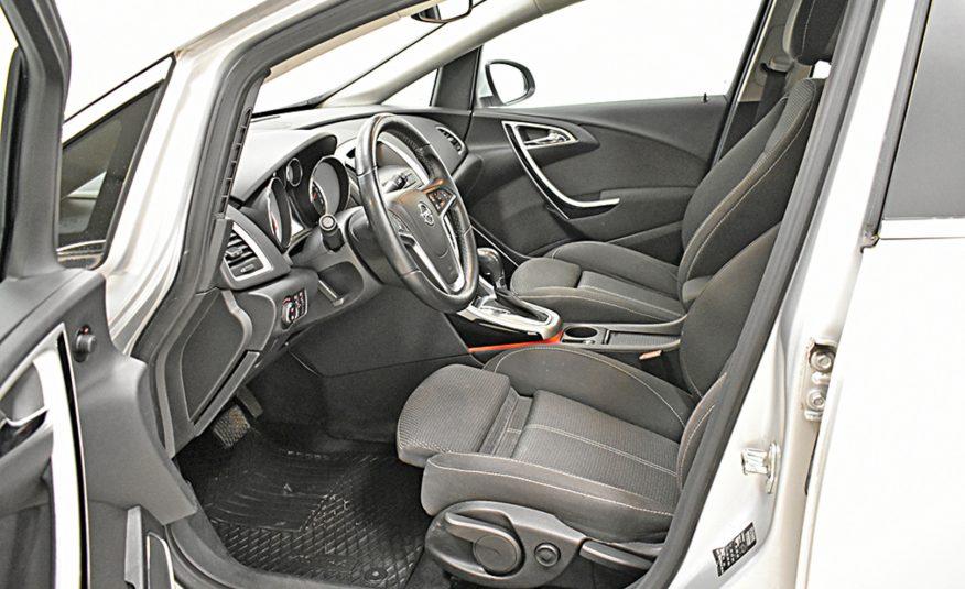 Opel Astra Sport Tourer Sport 1,6 Turbo 132kw At6 (2011)