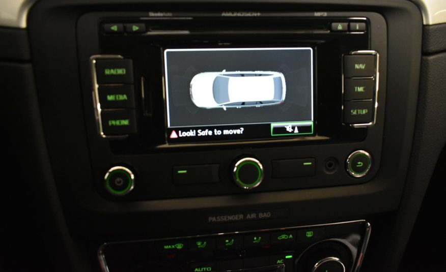 Skoda Superb Combi 2,0 Tdi 140 Ambition Business Dsg Autom. (2012)